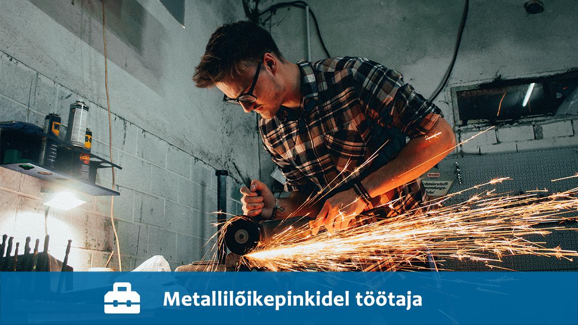 Metallilõikepinkidel töötaja